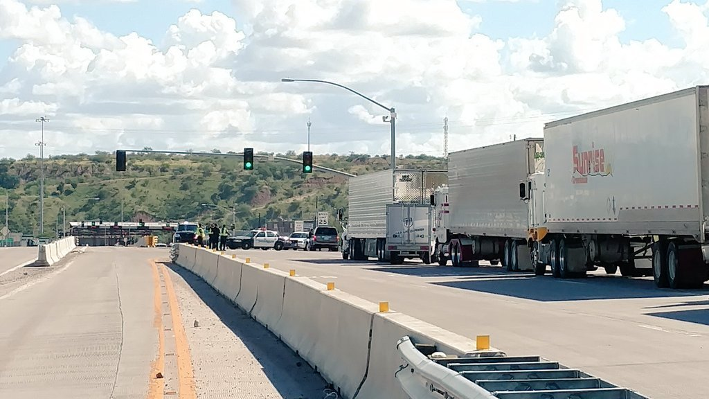 Spokesman: Driver shot at US-Mexico border still in hospital