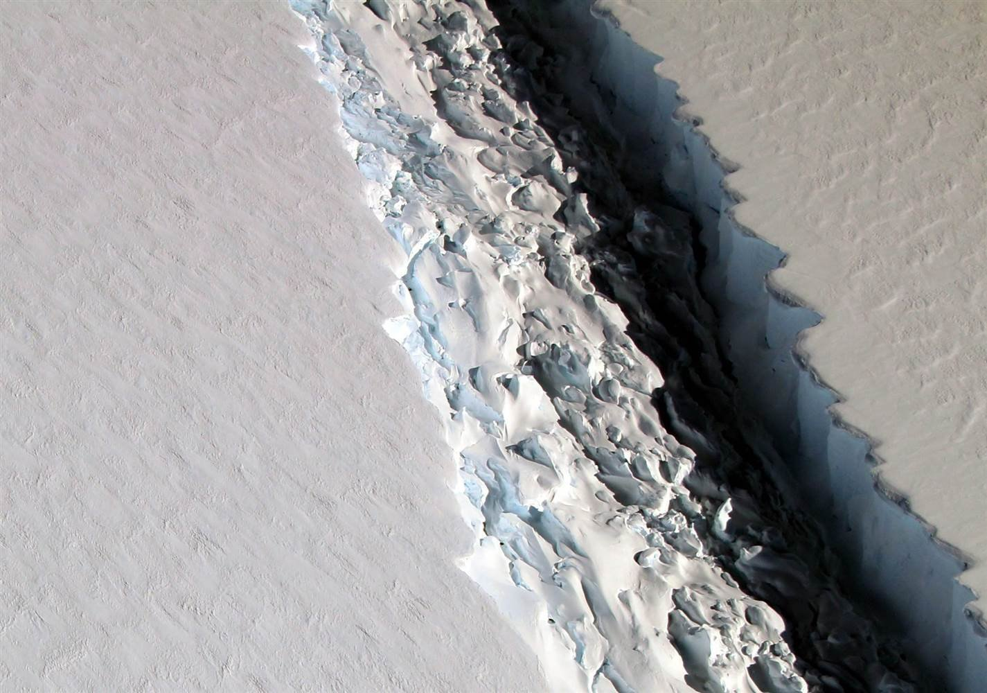 Huge Antarctic iceberg poised to break away