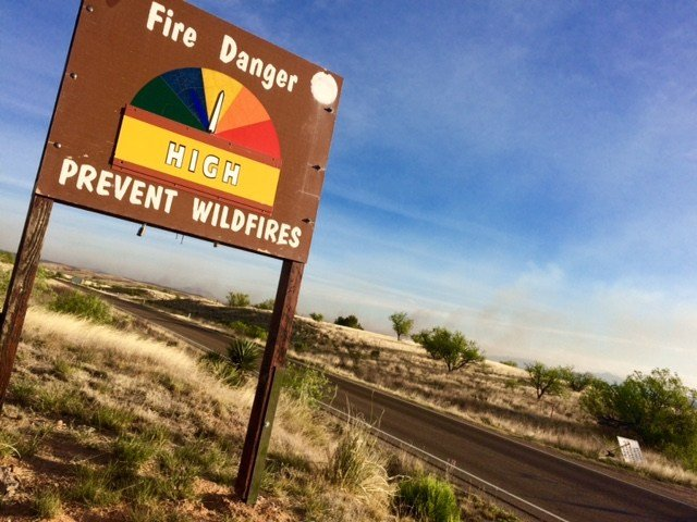Arizona braces for risky season as first huge wildfire flames