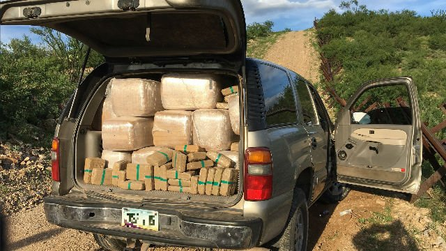 BP agents seize more than 1000 pounds of marijuana east of Douglas