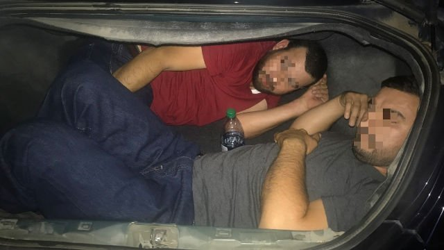 Border agents south of Tucson find 3 Mexican nationals under van's floorboard