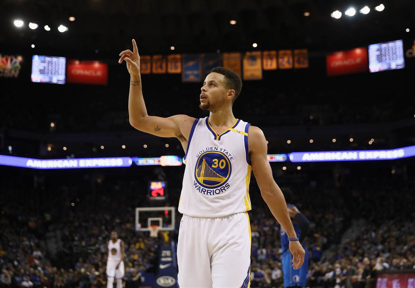 Stephen Curry of the Golden State Warriors reacts during their game against the Dallas Mavericks at ORACLE Arena. (Getty Images)