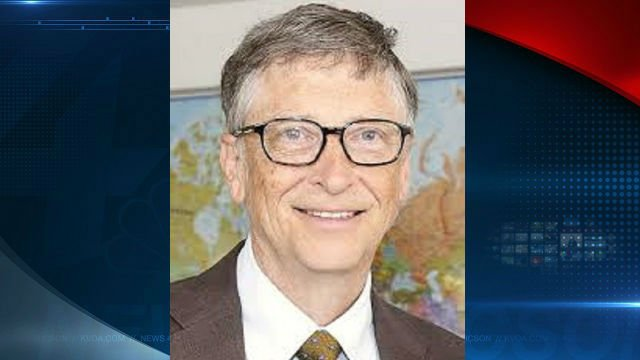 Bill Gates gives Rosling book to all USA college grads