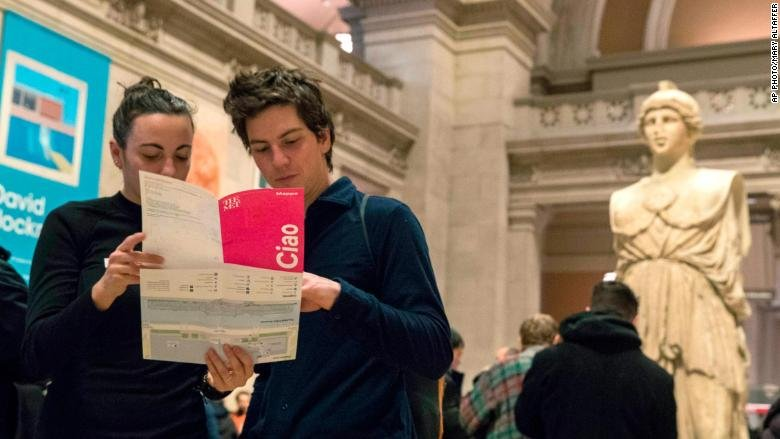 The Metropolitan Museum of Art Will Charge Tourists in 2018