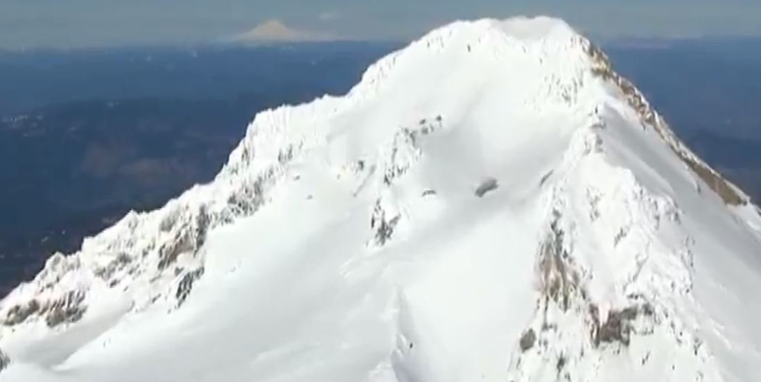 Climber dies after fall on Oregon's Mount Hood; others still stranded