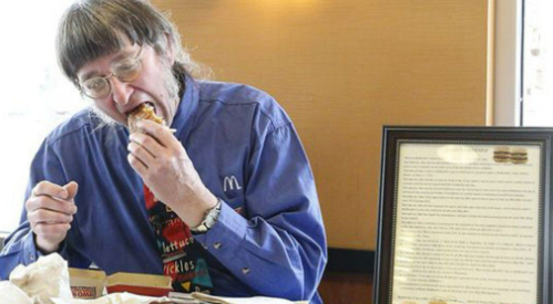 Guinness World Records holder Wisconsin man eats 30000th McDonald's hamburger