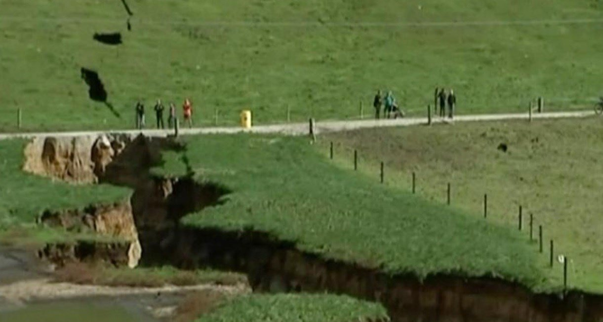 Farmer finds massive sinkhole as he goes to milk his cows